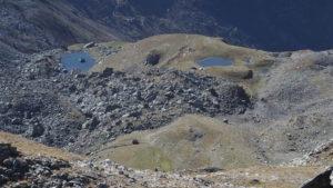 Les 2 lacs vus du sommet