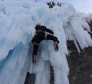 Cascades de glace aux Contamines